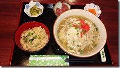 やんばるあぐーそば&じゅーしー定食¥1000